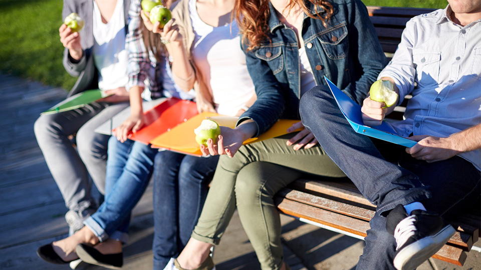 How to prevent study stress through healthy eating